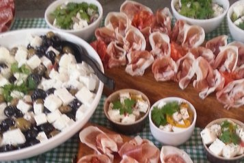 Canapes and Sharing Platters